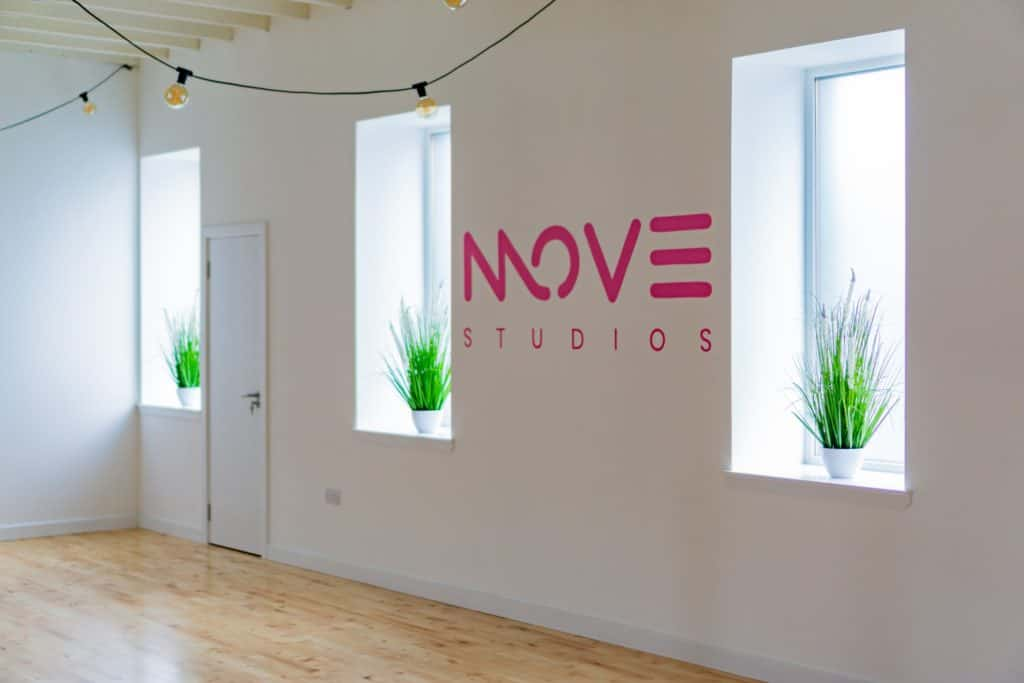 Studio logo & plants